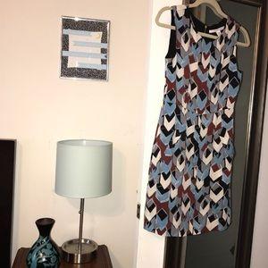 Silk DVF geometric dress EUC sz 2 blue w/ pockets